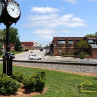 downtown-fort-mill-with-clock